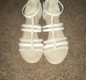 White Sandles for Sale in Fairfield, IA
