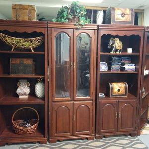 5 Piece Cherry Wall Unit for Sale in Atlanta, GA