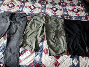 1 Jean 2 capris all for $10 for Sale in Independence, OH