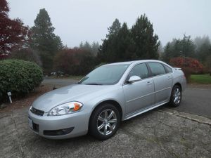 2011 Chevy impala for Sale in Oregon City, OR