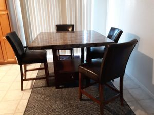 Dining table with 6 chairs for Sale in Buckeye, AZ