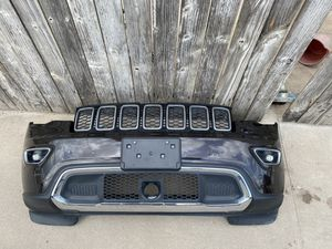 OEM USED 2014-2019 JEEP GRAND CHEROKEE FRONT BUMPER COVER COMPLETE. for Sale in Katy, TX