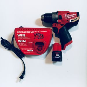 Milwaukee m12 hammer drill included battery 2.0 and charger m12 for Sale in Corona, CA