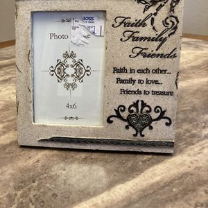 Faith,family,friends Picture Frame for Sale in Manteca, CA