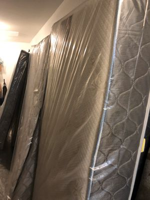 Mattress for Sale in Melrose Park, IL