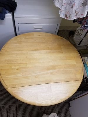 Small wooden dining table for Sale in Fremont, CA