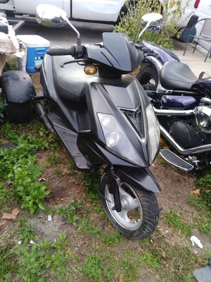 800. Obo trike 50 cc for Sale in Tampa, FL