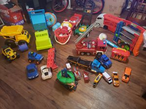 A lot of toys. 40 dlls x ALL. They are BIG. for Sale in Houston, TX