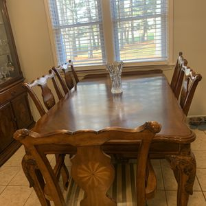 Large Dining Room Table With 8 Chairs for Sale in Dracut, MA
