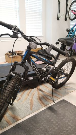 """Kids 20"""" mountain bike (full suspension) for Sale in Liberty Hill, TX"""