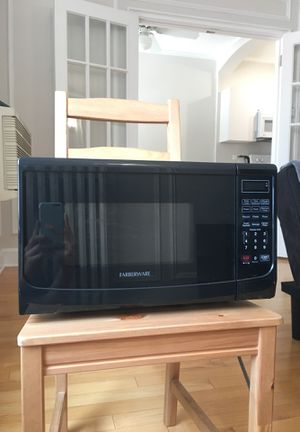 Farberware Microwave for Sale in Chicago, IL