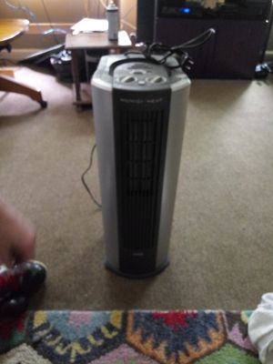 Humidi heater/humidifier for Sale in Cleveland, OH