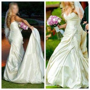 Wedding dress - Sophia Tolli - Y11320 – Maysilee for Sale in Chandler, AZ