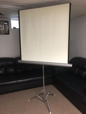 projector screen with stand for Sale in Lackawanna, NY