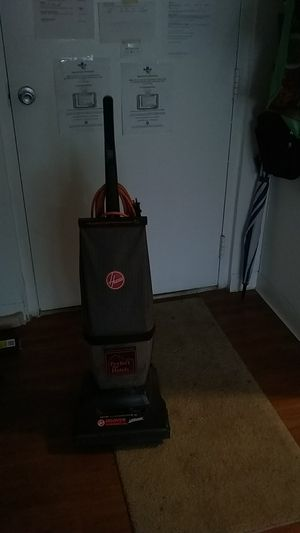 Hoover commercial vacuum for Sale in Dunedin, FL