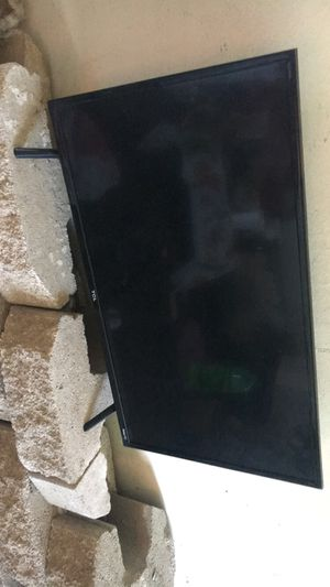 """32"""" TCL TV for Sale in Marietta, OH"""