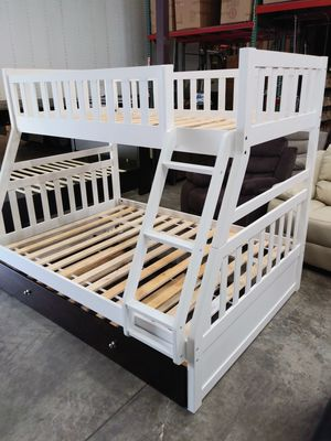 New Twin / Full Bunk Bed with trundle for Sale in Puyallup, WA