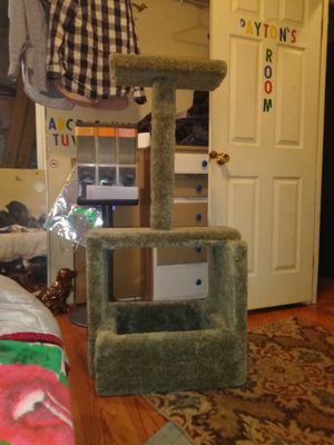 Kitty house for Sale in Wenatchee, WA