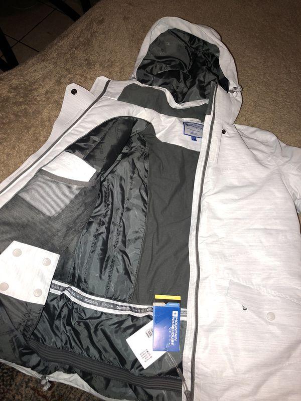Brand new women's ski/snow gear