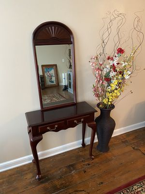Hall Table and Wall Mirror for Sale in Marysville, OH