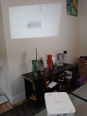 iSonic 800HD projector for Sale in Miami, FL