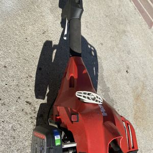 Homelite two cycle gas weedeater for Sale in Cerritos, CA
