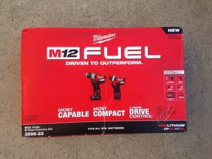 Milwaukee M12 fuel drill set for Sale in Los Angeles, CA