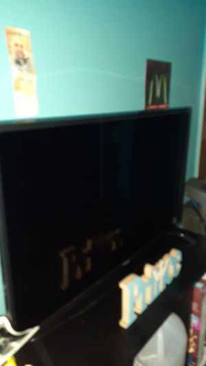 32inch Polaroid smart tv for Sale in Fort Lauderdale, FL