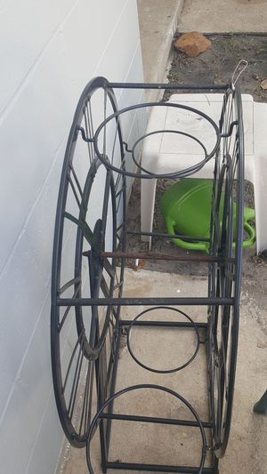 Plant holder for Sale in Aloma, FL