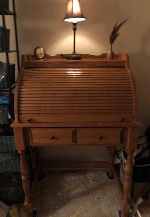 Antique roll top desk for Sale in Las Vegas, NV