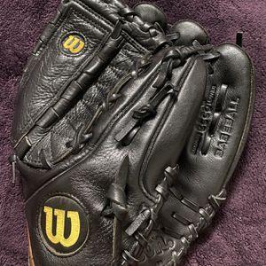 Wilson A700 Baseball Glove for Sale in Hacienda Heights, CA