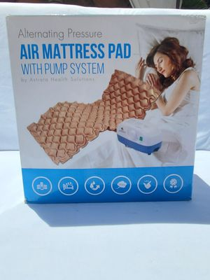$80 ASTRATA AIR MATRESS PAD WITH PUMP for Sale in Las Vegas, NV
