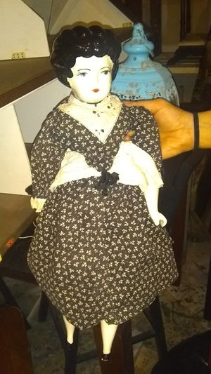 Antique doll for Sale in Austin, TX