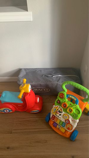 Free pack n play and 2 push toys for Sale in Portland, OR