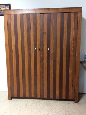 Antique Primitive oak cabinet cupboard pantry for Sale in Shawnee Hills, OH