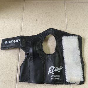Robbys Brand Original Leather Wrist Guard - Medium Right Hand for Sale in Fresno, CA