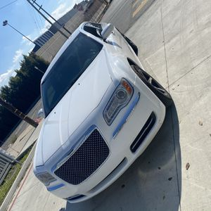 Chrysler 300 for Sale in Compton, CA