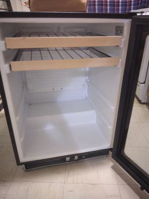 U-line wine cabinet refrigerator for Sale in Oklahoma City, OK