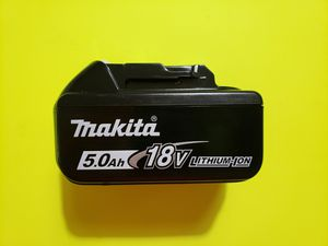 Makita 5.0 BATTERY for Sale in Plainfield, IL