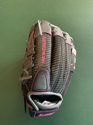 Franklin Fast Pitch Pro Softball Glove (new) for Sale in Peoria, AZ