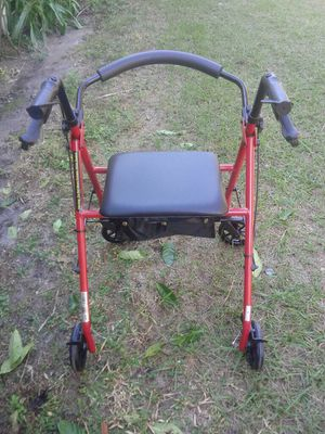 Rolling Walker with Seat for Sale in Fort Meade, FL