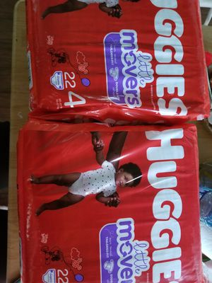 DIAPERS HUGGIES LITTLE MOVERS SIZE 4 2 PACKAGES FOR $12 for Sale in Seagoville, TX
