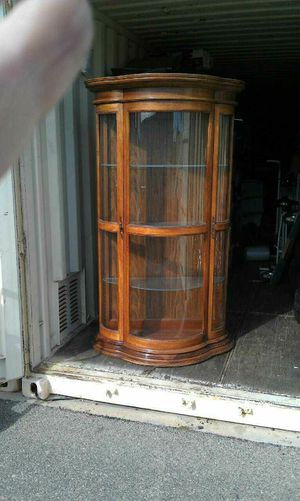 CUR DISPLAY CABINET for Sale in Newport Beach, CA