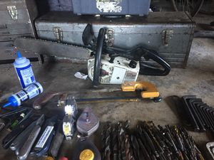 Chainsaw n tools plus for Sale in Bremerton, WA