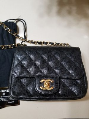 Authentic chanel caviar mini flap bag purse for Sale in Austin, TX