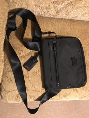 TUMI bag for Sale in Elgin, IL