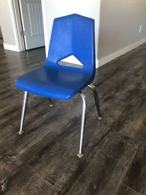 School Activity Chairs (7) for Sale in Goodyear, AZ