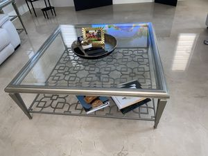 3 piece coffee table set with end tables for Sale in North Miami Beach, FL