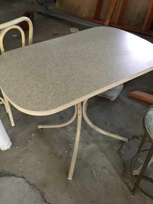 Small kitchen table for Sale in Troy, MI