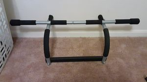 Pullup bar good for body usage for Sale in Lancaster, PA
